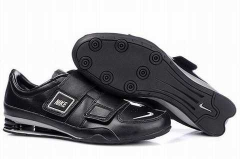 Baskets Shox Agile Homme - Nike